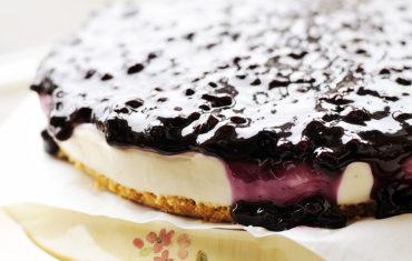 Light and Creamy No-Bake Cheesecake